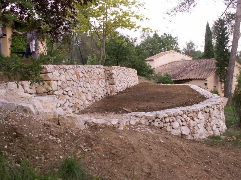 Restanque mur de sout nement montpellier nord pierre - Mur soutenement pierre ...